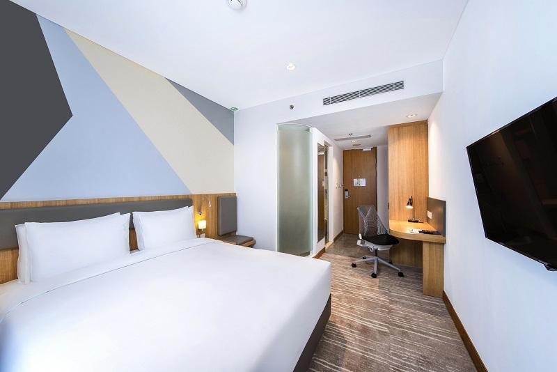 Stay in the Moment, Holiday Inn Banjir Diskon Menginap