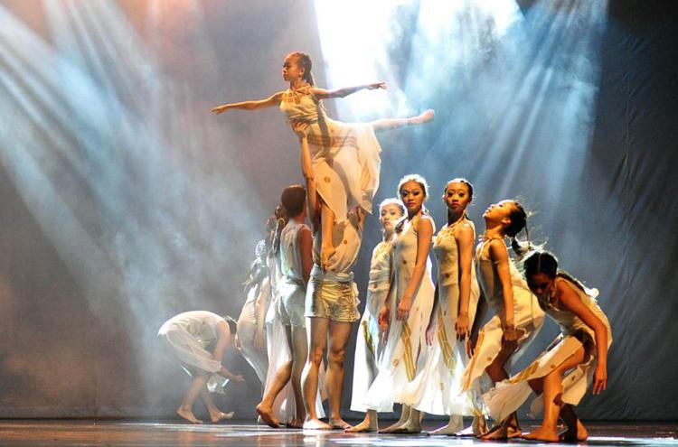 Usung Tema UNTUKMU INDONESIAKU, Indonesia Dance Company (IDCO) Kembali Gelar Pertunjukan Tari