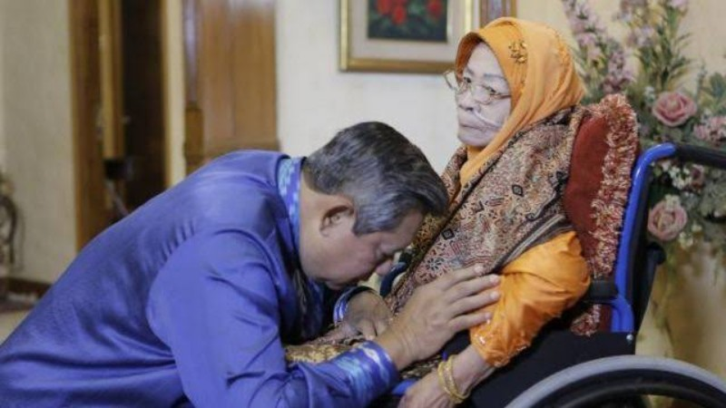 Siti Habibah Ibunda SBY Tutup Usia
