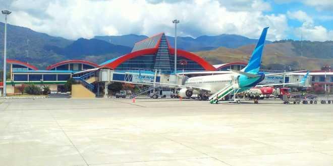 Banyak Warga Tinggalkan Papua, Jumlah Penumpang Pesawat Meningkat