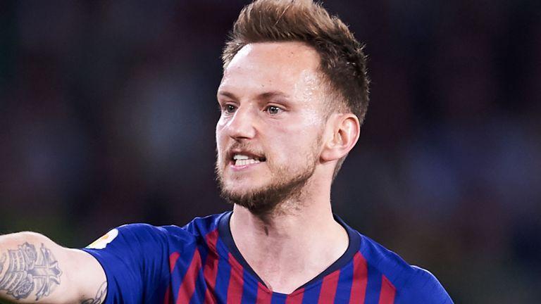 Kecewa Jadi Tumbal Barcelona, Ivan Rakitic Yakin Bakal Gabung ke Juventus