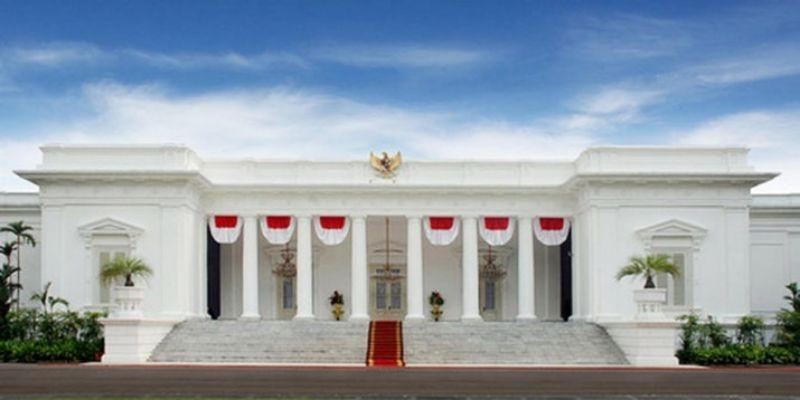 Papua Lebih Butuh Sekolah Ketimbang Istana?