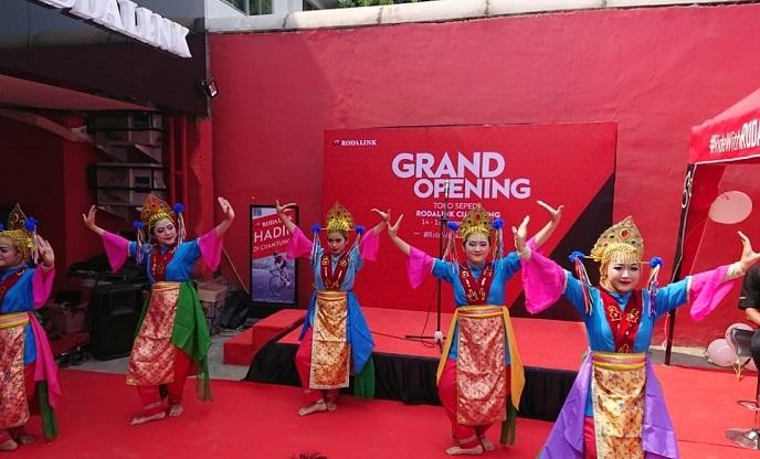 Resmikan Outlet Anyar di Cijantung, Rodalink Gelar Rangkaian Program dan Promo Menarik