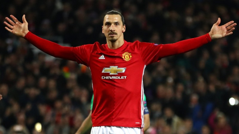 Krisis Penyerang, Suporter Desak Manajemen MU Datangkan Ibrahimovic ke Old Trafford