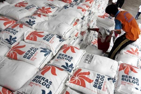 Stabilkan Harga, Bulog Keluarkan Beras 2000 ton per hari