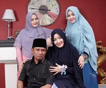 Tak Hanya Pelantikan, Lora Fadil Juga Bakal Boyong Ketiga Istri Tempati Rumah Dinas DPR