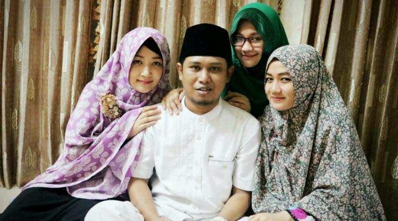 Wadidaw! Kompak Bareng 3 Istri, Lora Fadil  Tik Tok Lagu 'Madu Tiga'