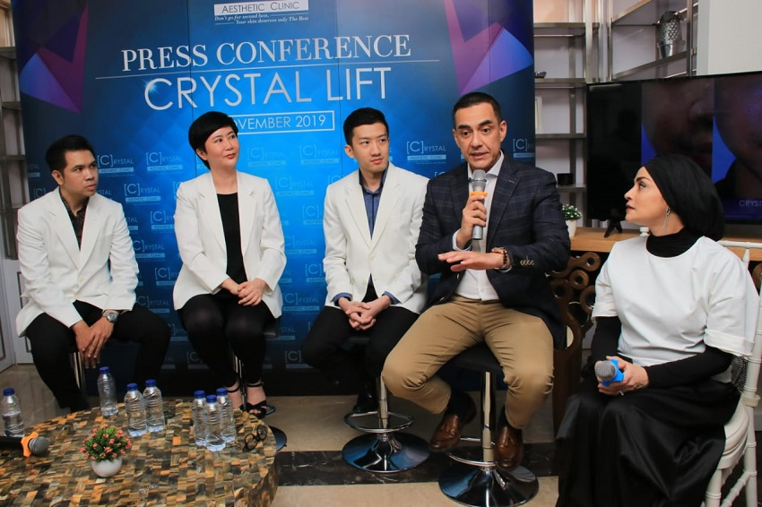 Crystal Lift, Treatment Lengkap Tanpa Operasi dari Crystal Aesthetic Clinic