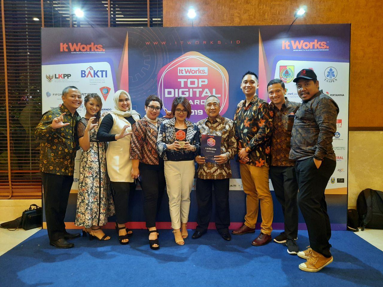 Platfom Fintech Cashwagon Indonesia Berhasil Meraih Juara Kategori Top Startup P2P Lending 2019