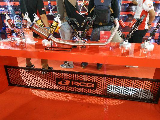 RCB Luncurkan 7 Seri Shock Breaker Terbarunya di IIMS Motobike Expo 2019