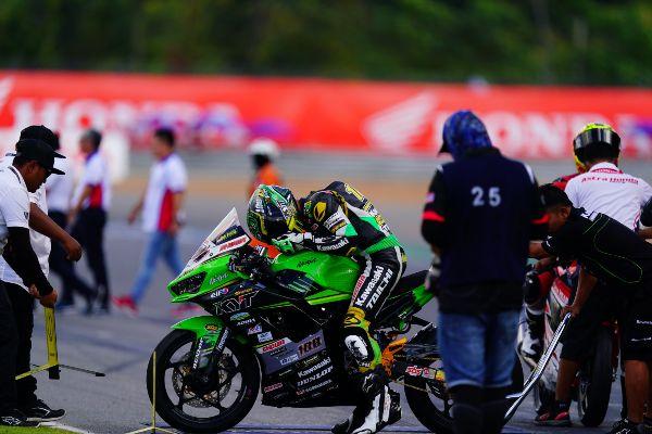 Finish Ke-6 Cukup Membawa AM Fadly dan Kawasaki Cetak Sejarah dengan Juarai AARC 2019