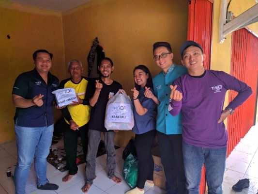 THE 1O1 Bogor Suryakancana Berikan Bantuan Kepada Korban Bencana Banjir