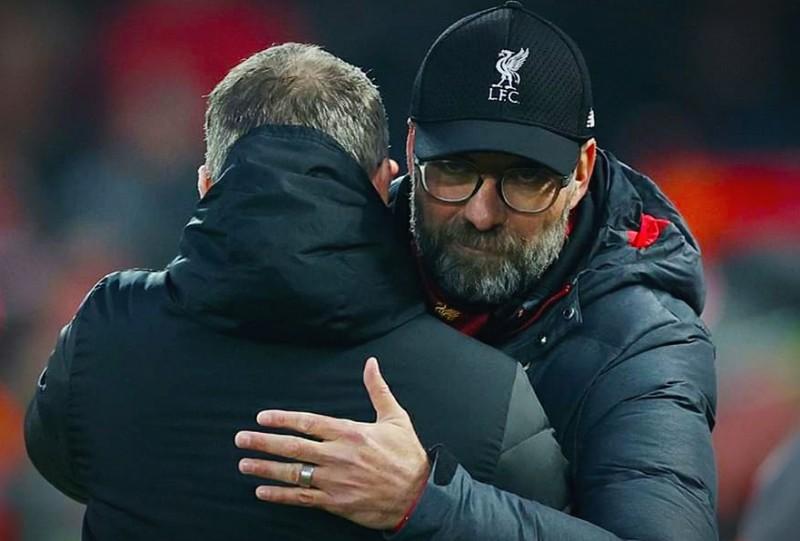 Kalahkan MU 2-0 Liverpool Perpanjang Rekor Tak Pernah Kalah