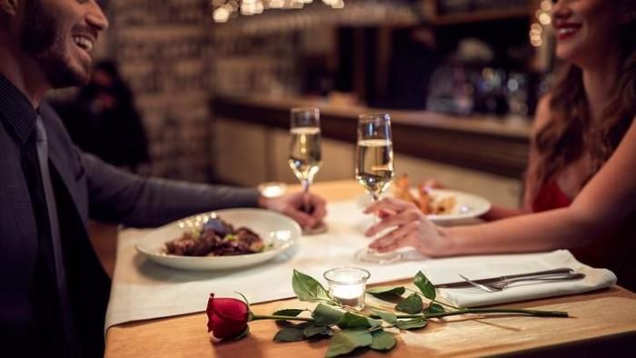 Spesial Valentine, Aston Priority Simatupang Suguhkan Romantic Valentine BBQ Dinner
