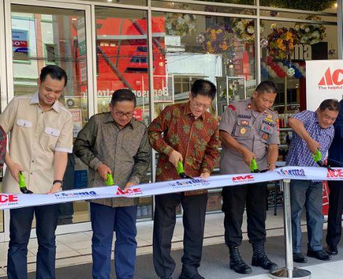 Toko Pertama ACE dan INFORMA Hadir di Gorontalo