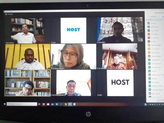 Diskusi webinar Otsus dan masa depan Papua. | jakartainsight.com