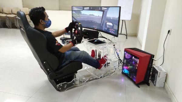 Honda Gelar Kejuaraan Simulator Balap Pertama di Indonesia