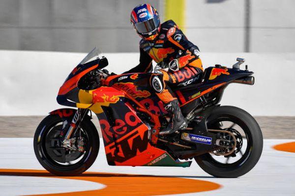 Fantastis! Binder Raih Juara, KTM Berjaya di MotoGP Ceko 2020