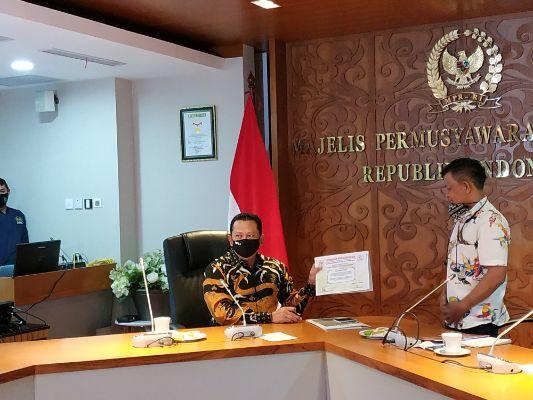 Ketua MPR Tandatangani Nota Kesepahaman Empat Pilar dengan Badan Komunikasi Nasional Desa se-Indonesia (BKNDI)