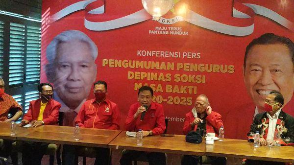 Ketua Umum terpilih Depinas SOKSI, Ahmadi Noor Supit mengumumkan susunan kepengurusan baru. | jakartainsight.com