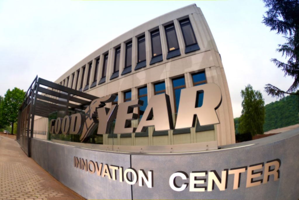 Goodyear Second Dynamic Simulator Membawa Pengembangan Ban ke Level Baru