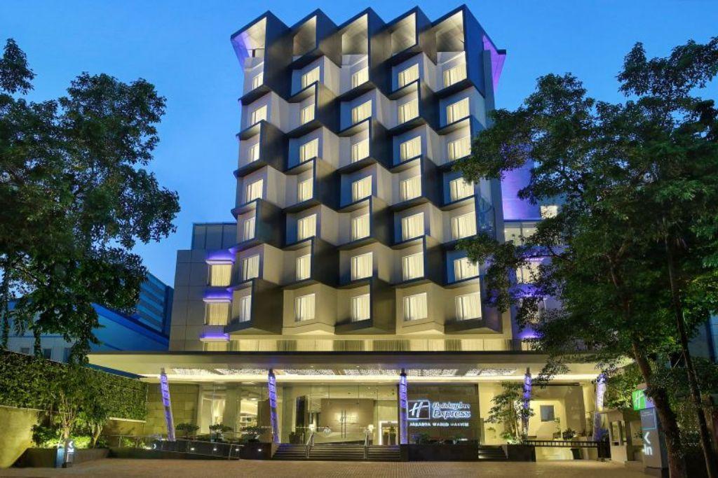Holiday Inn Express Jakarta Wahid Hasyim. | jakartainsight.com