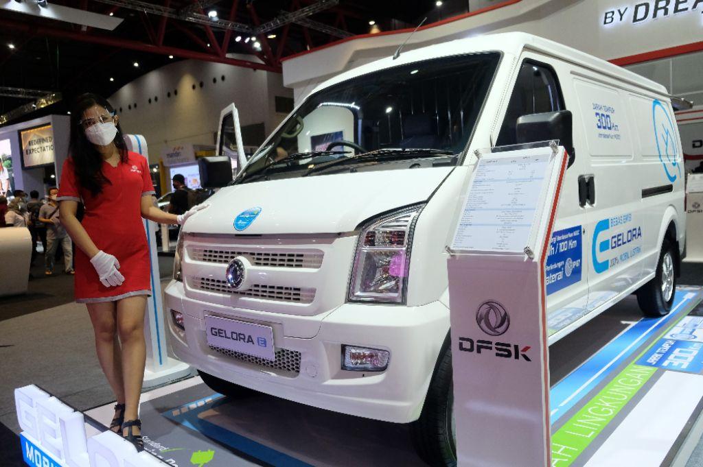Hadirkan Mobilitas Efisien Melalui Gelora E, DFSK Melaju ke Era Baru Kendaraan Listrik di Indonesia