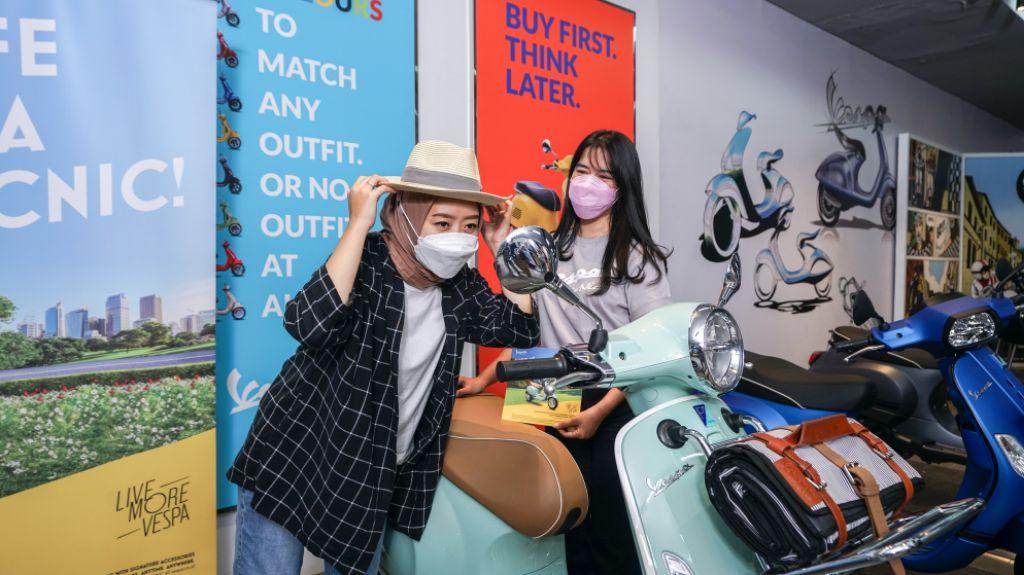 Berbagi Semangat Positif Vespa Picnic Lewat Dekorasi Khusus di Dealer Motoplex Piaggio | jakartainsight.com
