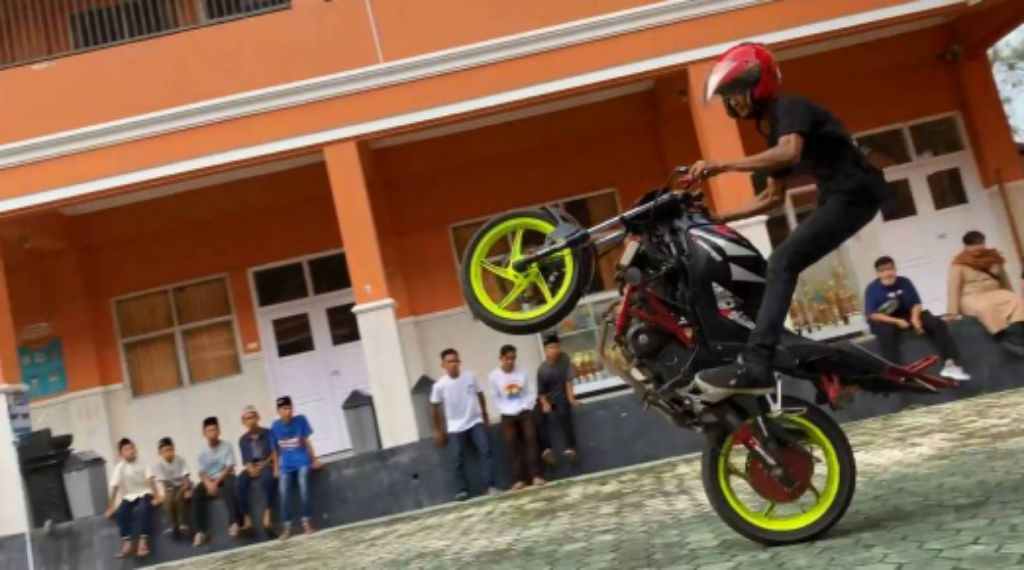 Brothersip X dan People Ride Team Gelar Workshop Ramadhan untuk Anak Panti Asuhan