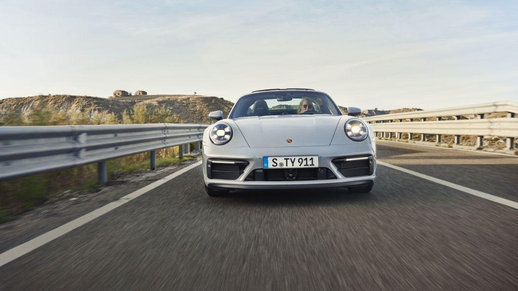 Ini Dia Tampilan Terbaru Porsche 911 GTS Baru!