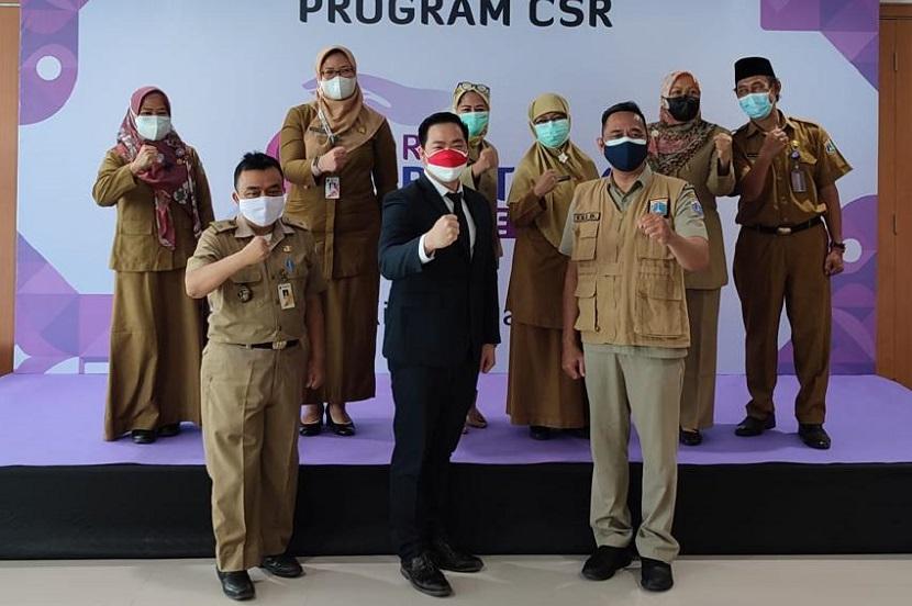 Jajaran staff RS Restu Kasih Jakarta Timur    jakartainsight.com