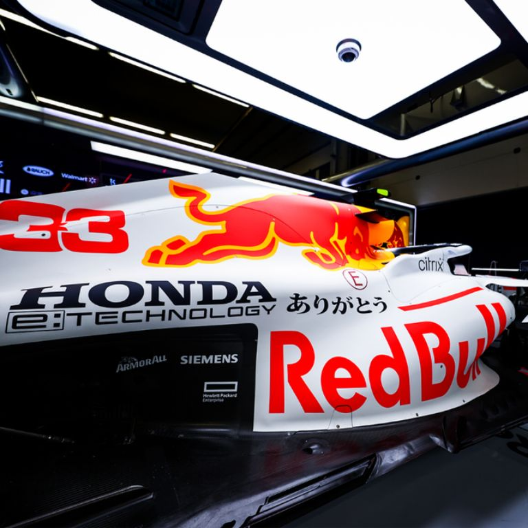 Tribute to Honda, Dua Tim Balapnya Gunakan Liveri Khusus di GP Formula1 Turki 2021 | jakartainsight.com