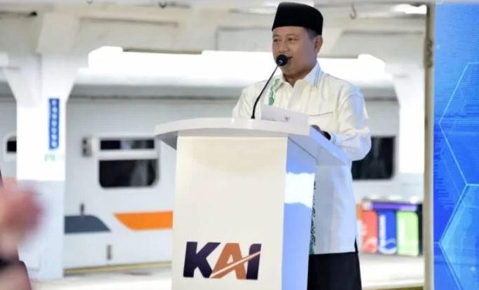 PT KAI Berinovasi, Pak Uu Ajak Warga Jabar Gunakan Kereta Api   jakartainsight.com