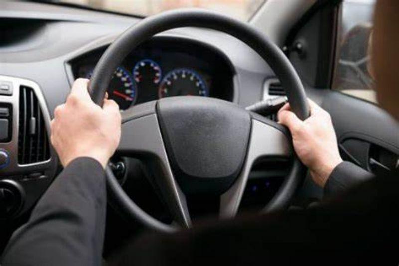 Merasakan setir bergetar, sebaiknya periksa ban kendaraan. | jakartainsight.com