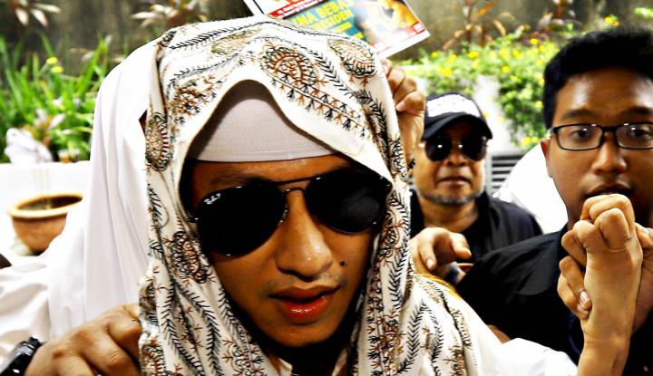 Habib Bahar Datang ke Bareskrim Sebagai Saksi Pulang Sebagai Tersangka