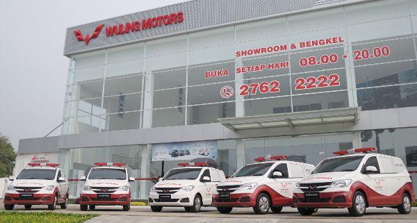 Dukung Kesehatan Indonesia, Wuling Motors Donasikan Ambulans dan Mobil Klinik
