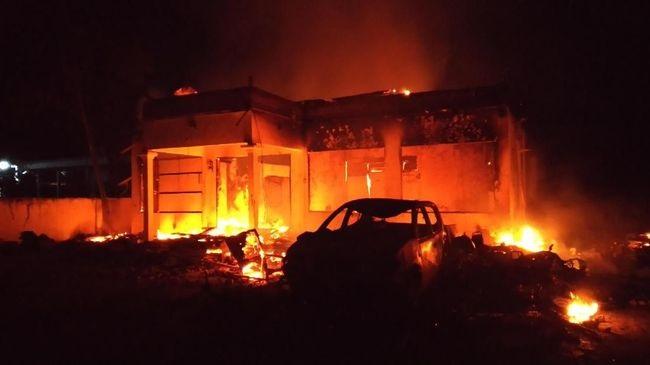 Pembakaran Mapolsek Tambelangan, 5 Orang Habib Diburu Polisi
