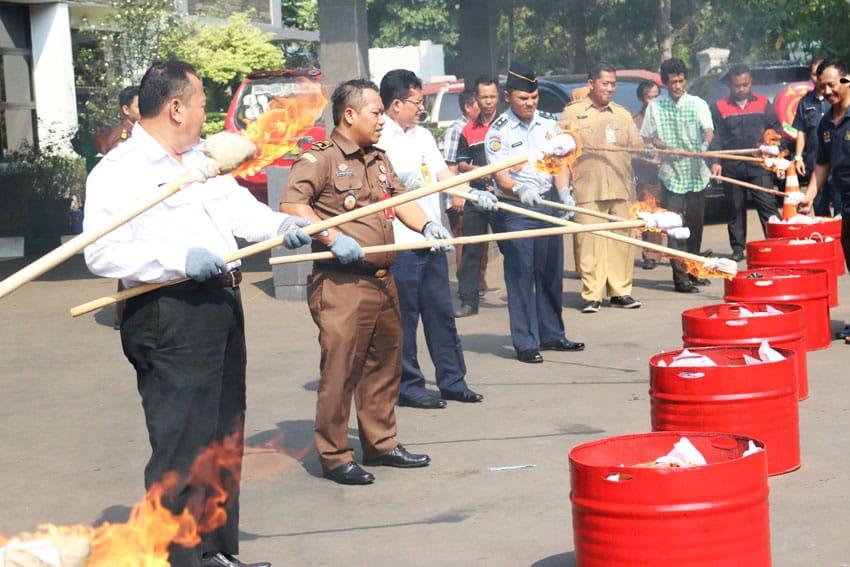 Puluhan Kilogram Narkotika dan Ratusan HP Barang Bukti Pidana Umum Dimusnahkan Kejari Jakarta Timur